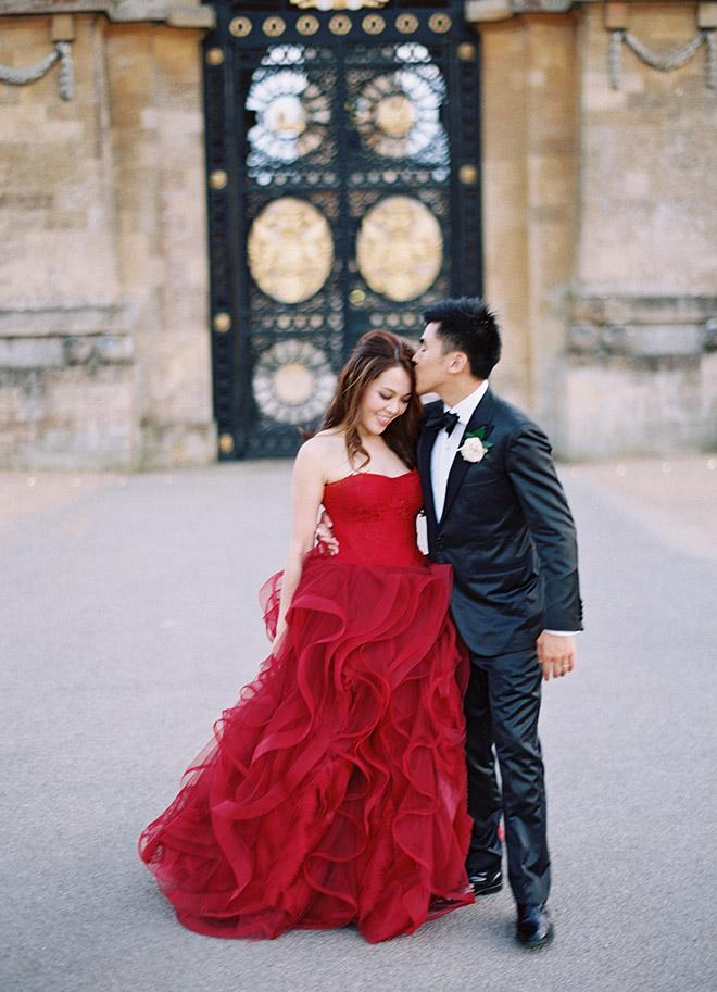 Destination_Wedding_Photography_Chinese_Wedding_Europe_Pre_Wedding_Shoot_red_dress_vera_wang_wedding